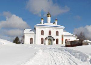 Так выглядит Храм Рождества Пресвятой Богородицы в д. Кремлево в настоящее время. (фото П. Петров)