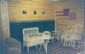 Первая временная выставка ивовой мебели в музее.