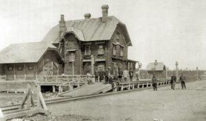 Первый вокзал на станции Коноша