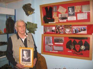 Племянник без вести пропавшего пилота, Чекановский Дмитрий Наумович, со своей семьей спустя 74 года узнал о судьбе дяди.