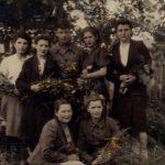 Работники поселкового Совета в июле 1947 г. (КРКМ ОФ № 1161)